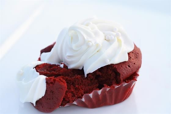 Red Velvet Cake. Ingredients:  150g (1 cup) plain flour.  1 ½ tablespoons cocoa powder. 165g (¾ cup) sugar. 1 ½ tsp baking powder. ½  tsp salt. ¾  tsp gelatin. 60ml (¼ cup) oil. 4 egg yolks. ½ cup (125ml) concentrated cherry juice (made from 1 cup of BiteRiot cherry juice boiled down). 3 tsp red food colouring. 4 egg whites. ¼ tsp cream of tartar. #Recipe