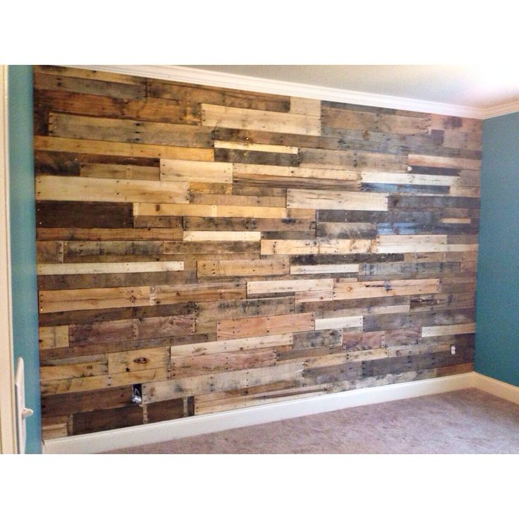 Pallet Wall Ideas Bedroom: Pallet Accent Wall With Crown Molding