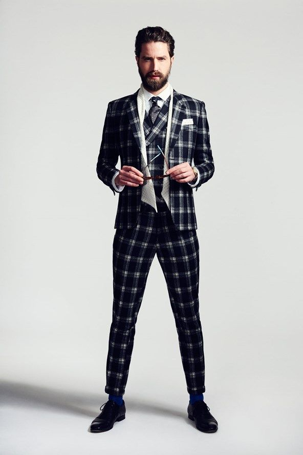 Jack Guinness checks in to share what he wears - GQ.COM (UK)