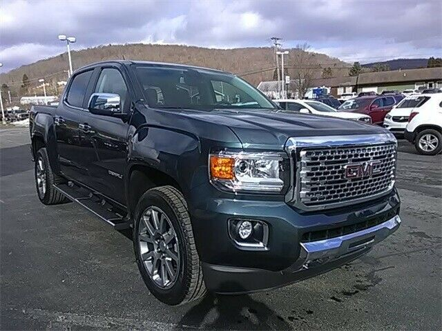 2019 Gmc Canyon Denali Gmc Canyon Diesel Cars Cool Suits