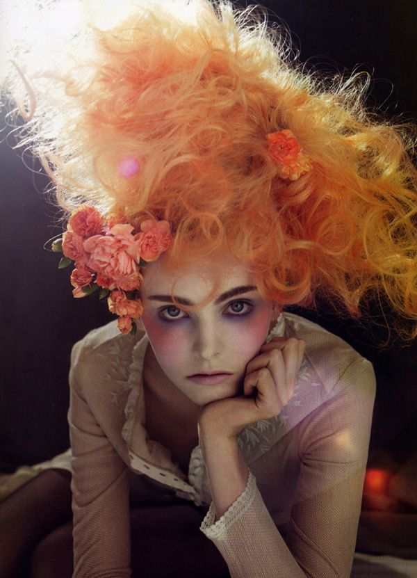 Victorian makeup. Photo by Sofia Sanchez & Mauro Mongiello