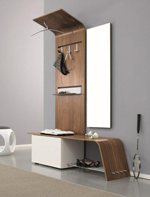 flurgestaltung kompakt und modern mit Spiegel