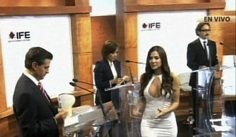 Julia Orayen Steals The Mexican Presidential Debate With Skintight White Dress