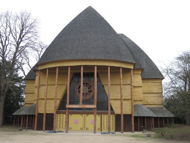 bois de vincennes pagode pavillon du Cameroun  BOIS DE VINCENNES  ~ Bois De Vincennes Barque