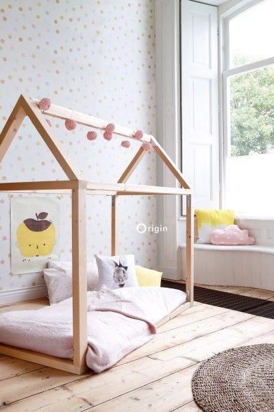lijmdruk vlies behang stip lichte pastel geel, licht pastel perzik oranje peach, licht pastel oud poeder roze en mat wit