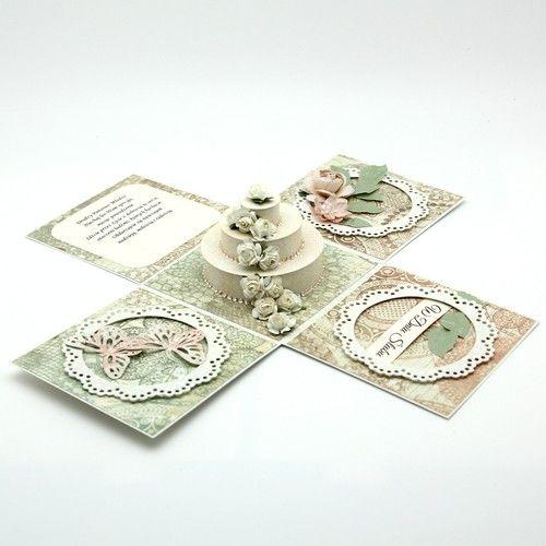 KARTKA - PUDEŁKO ARTYSTYCZNY ZAKĄTEK . KARTKI Oryginalna kartka w formie pudełka.  Wykonana ręcznie z materiałów najwyższej jakości.  Centralne miejsce na kartce zajmuje piękny tort.