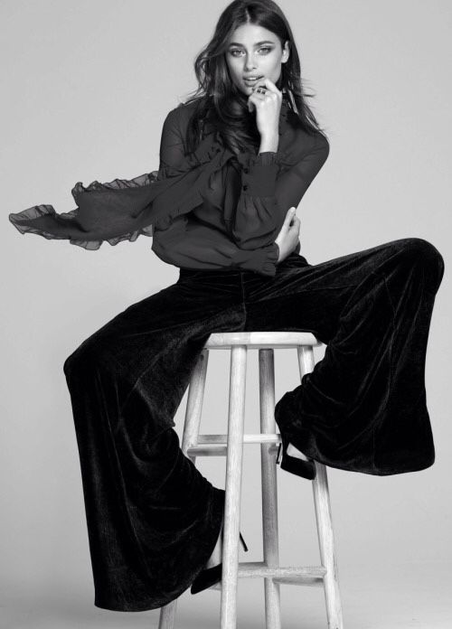 Velvet flares & blouse; elegant black & white fashion editorial // Ph. Fashion Canada Magazine