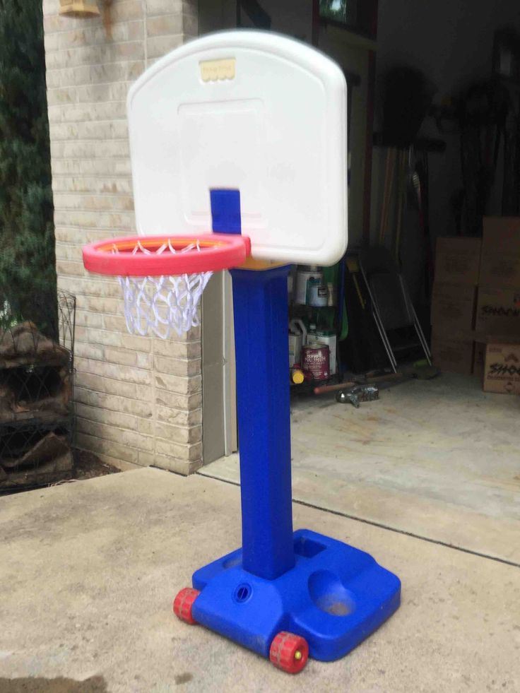 Kids Basketball Hoop In Joshmonica S Garage Sale Erie Pa