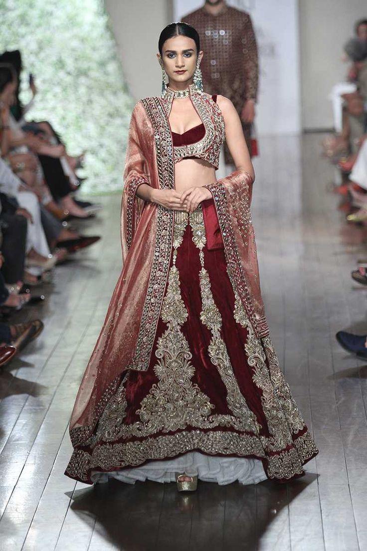By designer Manav Gangwani. Bridelan - Personal shopper & style consultants for Indian/NRI weddings, website www.bridelan.com #ManavGangwani #IndiaCoutureWeek2016 #weddinglehenga #Bridelan #BridelanIndia