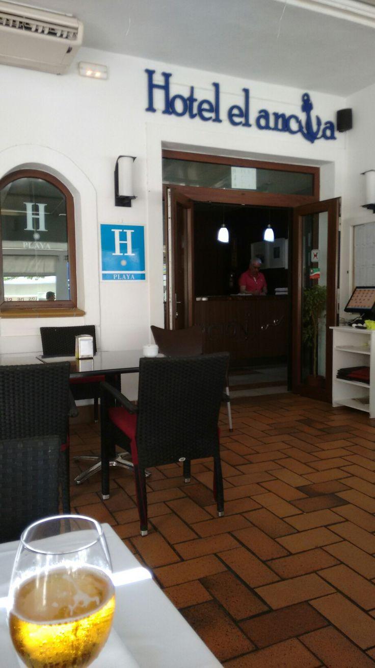 Hotel,Restaurante El Ancla,Calahonda,Granada.Se come estupendamente.