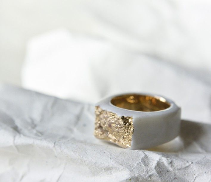 Gold and Porcelain ring by