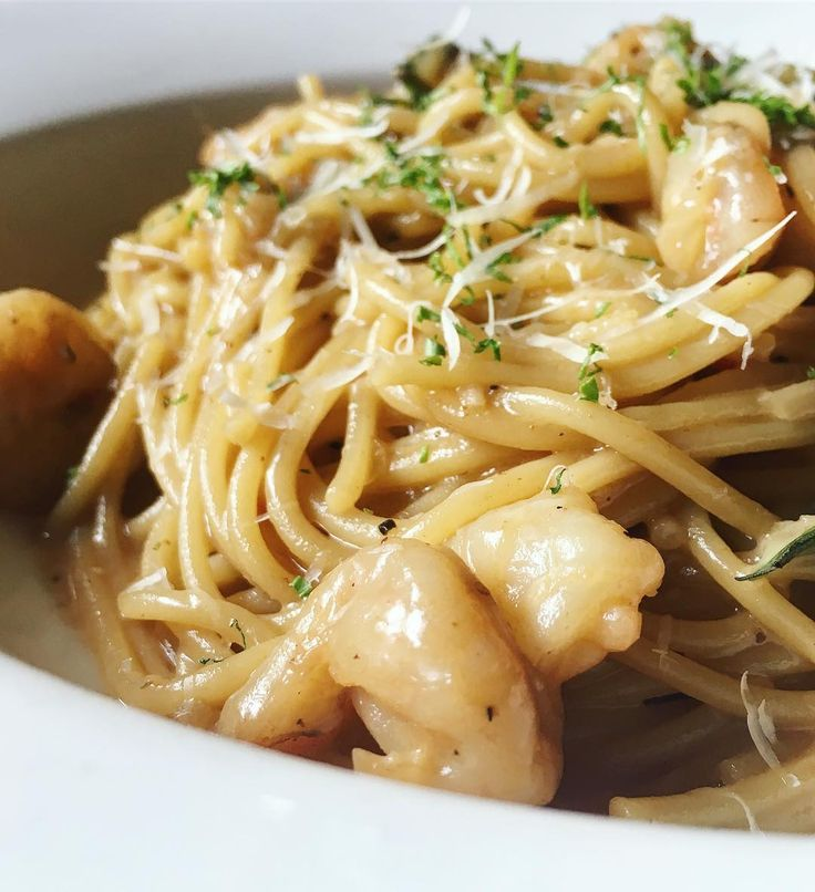 God bless the Italian for this creamy Prawn Bisque Linguine  #prawn #bisque #pasta #linguine #prawnpasta #prawnbisque #shrimp #creamy #cheese #smokeysbbqgrill #Italian #european #food #foodie #foodography #foodphotography #instafood #goodfood #igers #yum #hungryforever #hungryforeverco