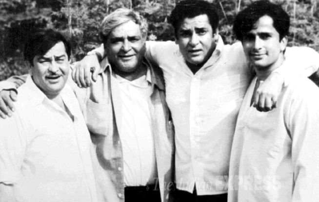 Prithviraj Kapoor with his sons Raj Kapoor, Shammi Kapoor and Shashi Kapoor.