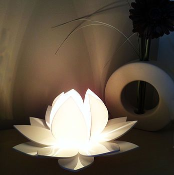 White Lotus Flower Table Lamp