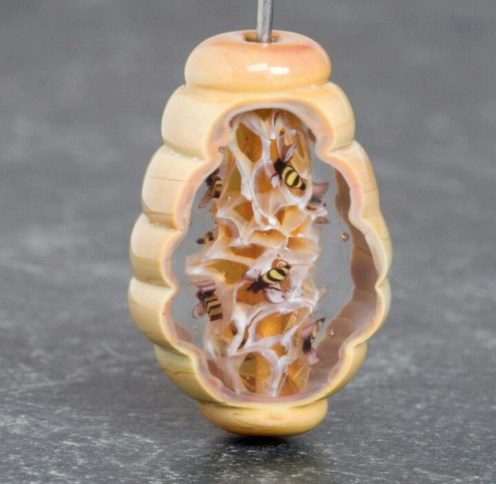 fantastic cold worked lampwork bee beehive bead by stephanie white member to the south cal flame society