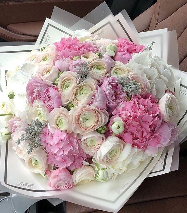 Vse Samye Krasivye Cvety V Odnom Bukete Krasivye Cvety Cvety Cvetochnye Kompozicii