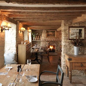 The Potting Shed Pub, Malmesbury, Wiltshire - British Dining Pub with great beers on tap, concise wine list and fantastic food.