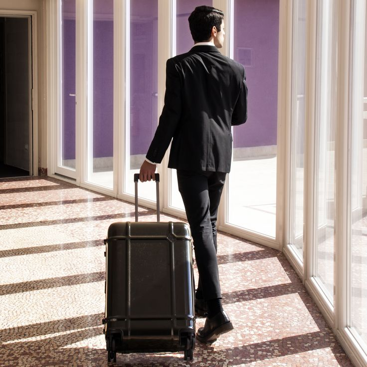 When you are travelling for business #Globe is the perfect choice. #JeanMarieMassaud #business #travel #WeMoveLight #FPM_Milano