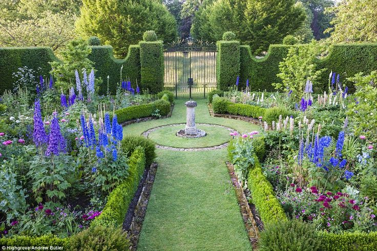 Favourite: The Sundial Garden is crammed with Prince Charles' beloved delphiniums in summe... http://dailym.ai/RouwEc#i-ab330e7b