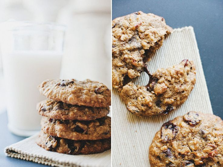 Recipe: Chocolate Chip Oatmeal Cookies with Cherries & Pecans