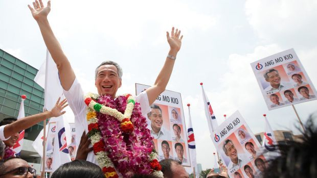 Lee Hsien Loong at the start of his election campaign.