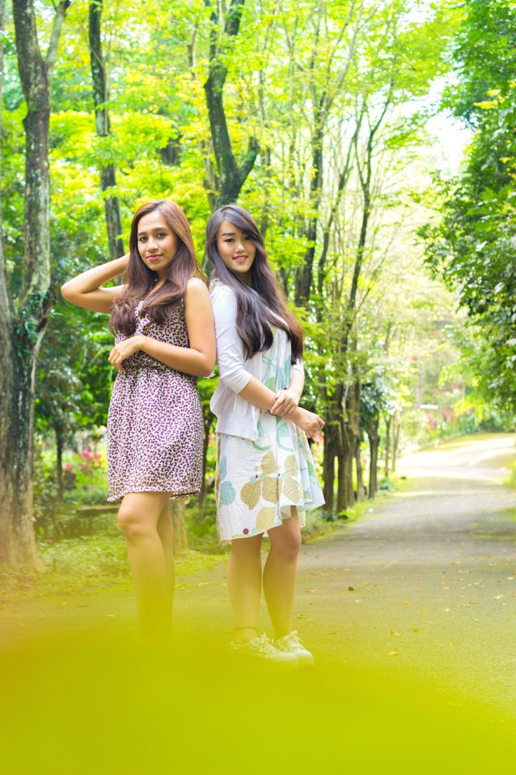 One of the most beautiful qualities of true friendship is to understand and to be understood. - Lucius Annaeus Seneca - #photoshot #photography #friends #friendship #friendshipquotes #trawas #indonesia #surabayaphotographer #indonesiaphotographer #fashionphotography #fashion #yonatanaw