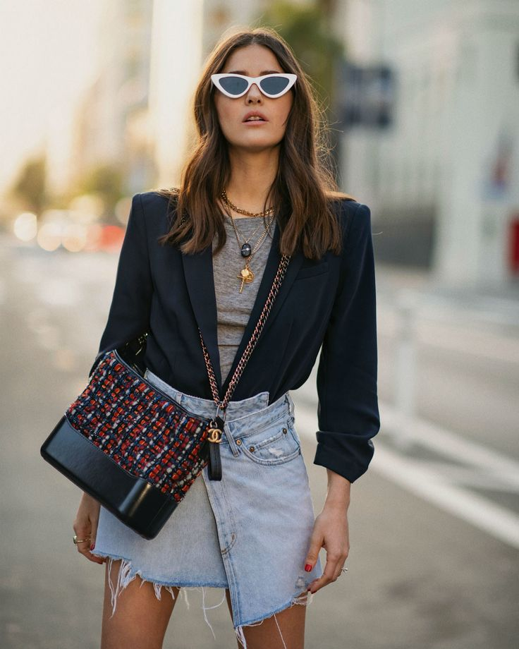 You've Probably Never Worn Your Blazer Like This…