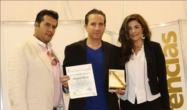 En conferencia de prensa, Plutarco Haza recibe Chichén de Oro: FICMY
