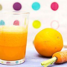 Le centrifughe di frutta e verdura saranno il vostro piccolo segreto per avere a portata di mano delle bevande dissetanti ma con mille proprietà benefiche!Le centrifughe sono indubbiamente il modo migliore e più gustoso per riuscire a seguire la dieta senza rinunciare a una pausa dolce! Con queste...