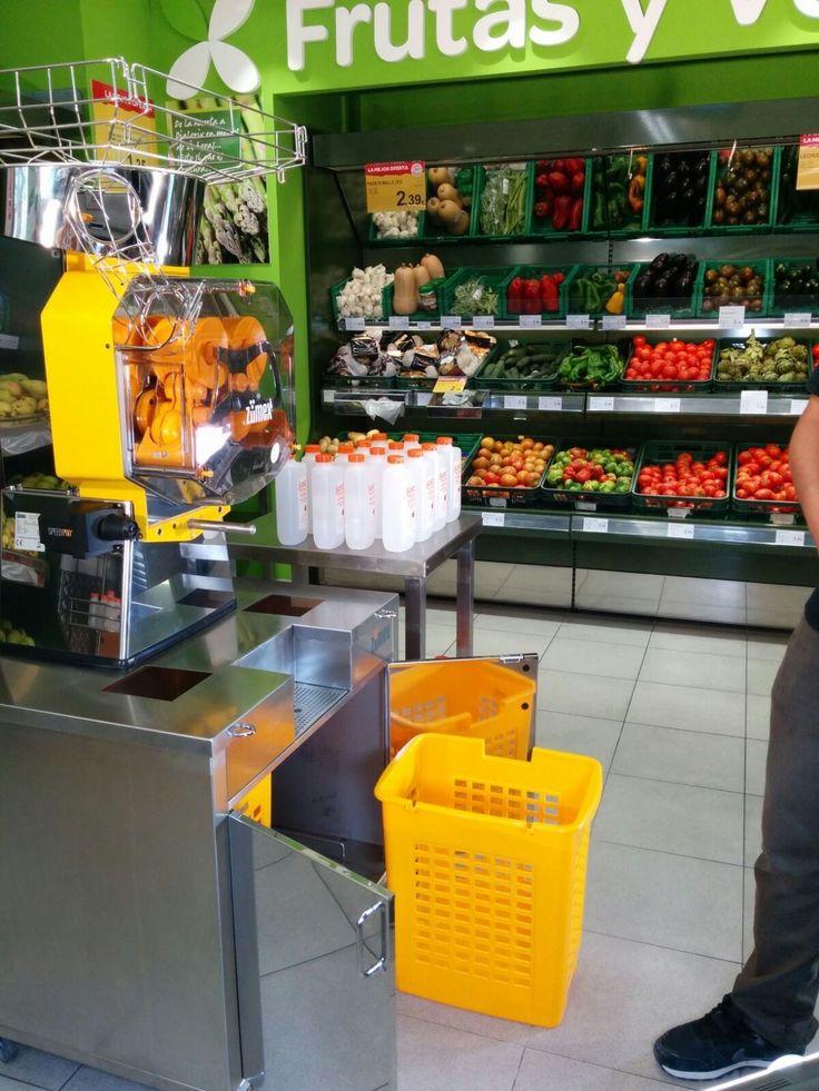 Algo estamos tramando con nuestra nueva #SpeedProPlus... ;)  #Zumex #exprimidoras #novedad #nueva #Dialprix #supermercados