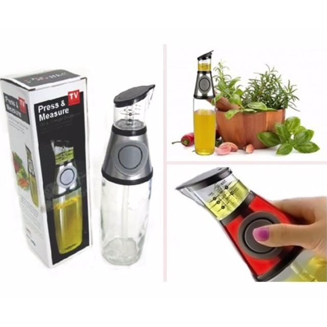Press And Measure Oil / Vinegar Dispenser adalah alat yang membantu Anda memasak, sehingga masakan Anda tidak terlalu berminyak atau berminyak lebih. Alat ini selain dapat membantu Anda dalam menakar minyak (oil) dapat juga digunakan untuk menakar cairan lainnya. Seperti: Anggur, Minya Jaitun, Sirup, Susu dan lainnya.Spesifikasi:- Alat untuk membantu menakar Minyak atau lainnya- Mudah Digunakan dan Disain yang menarik- Memudahkan Anda memasak tanpa harus mencari Gelas Takaran atau Sendok…