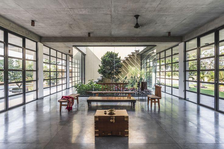 Gallery of Vanvaaso / Design Work Group - 1