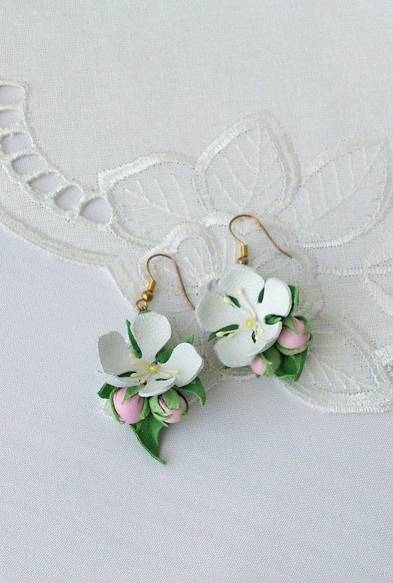 Natural leather jewelry white Flower earrings wedding leather