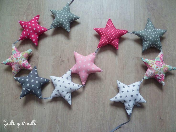 RESERVE guirlande 10 étoiles rose/gris/blanc étoilé : Décoration pour enfants par guiligribouilli