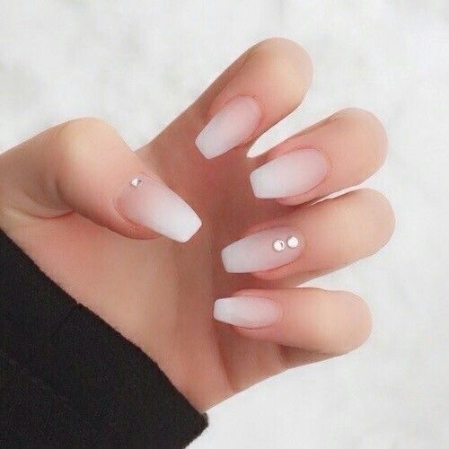 Two Tone Nail Polish Fade: 25+ Best Ideas About Ombre French Nails On Pinterest