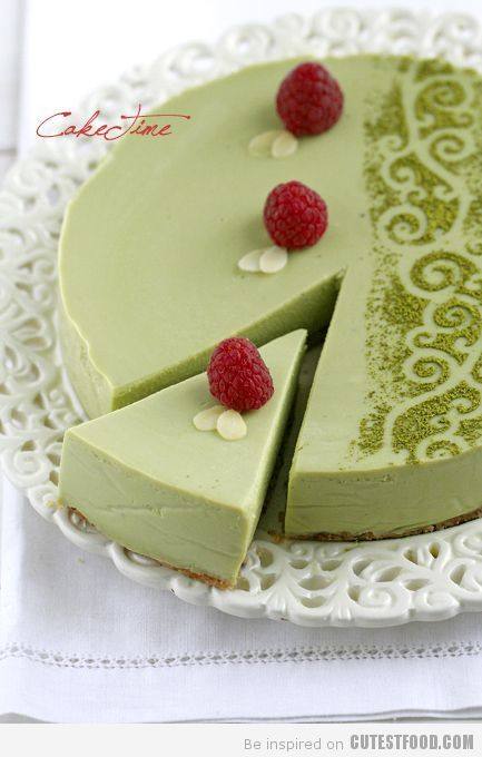 Matcha White Chocolate Cheesecake. One day I will have an invite to another elegant dinner and I shall bring this with me!!  This is seriously AMAZING!!