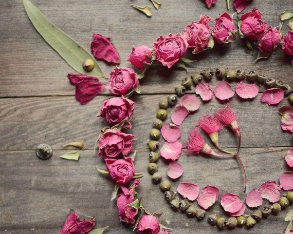10 Best images about Rozenblaadjes / Rose petals on Pinterest ...