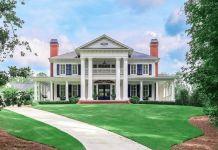 Plantation Style Mansion In Woodstock, Georgia