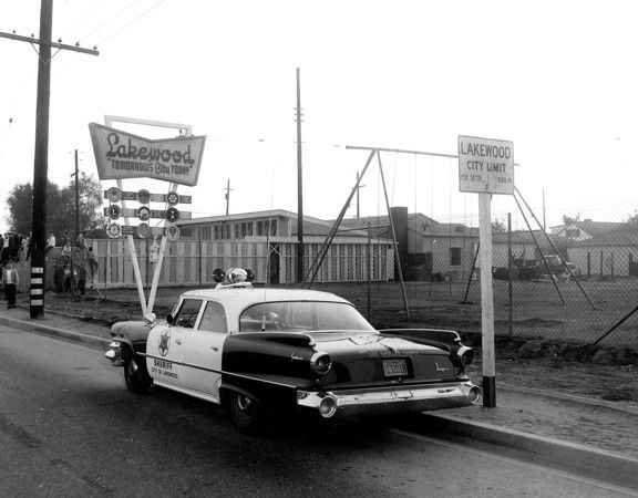 Online gallery of historic Lakewood CA photos