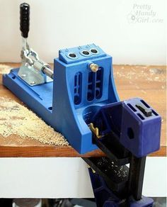 how to use a kreg jig: the BEST tutorial I've seen yet. #woodworkingplans