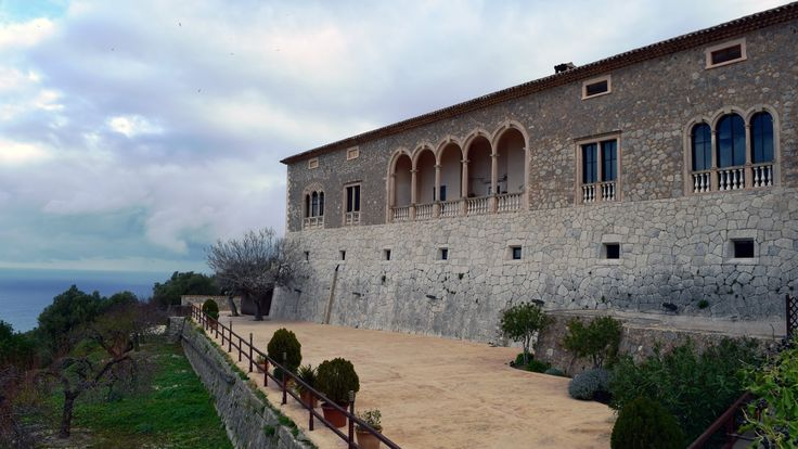 Mallorca - Monestir de Miramar (with Costa Diadema)
