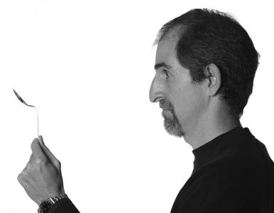 """Fabio Marchi :: Designer di: - 2.D Night & Living - 2.D Floor - 2.D Decor Night & Living - Lampadì - 2.D New Style :: Per Fabio il design è una passione, attraverso la quale prova ad esprimere semplicità e minimalismo. Un """"design rilassato"""" dice, che trova espressione nell'ambito dell'illuminazione e del complemento di arredo."""