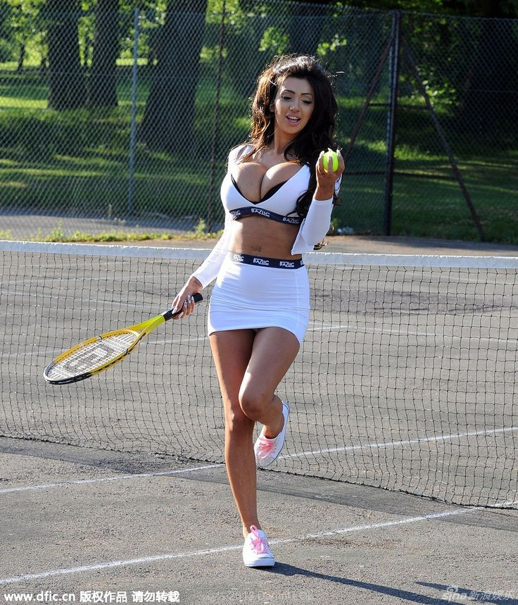 Damn! LOL - Chloe Mafia is Driving the world crazy while playing tennis (20 photos)