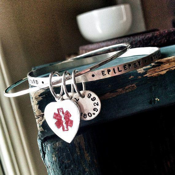 Medizinische aufmerksam medizinische ID Armband von thebeadgirl