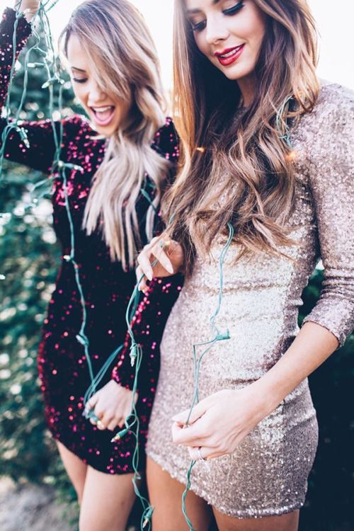 New year holidays party outfit // short glitter dress fashion