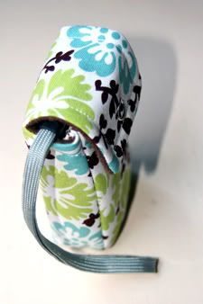 simple camera case from amy butler fabric (now with tutorial!) - PURSES, BAGS, WALLETS