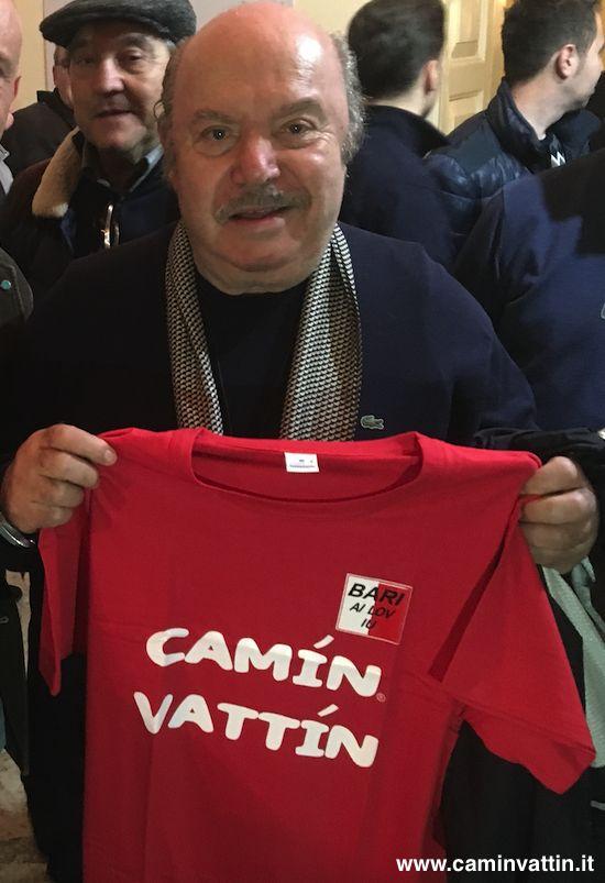 """LINO BANFI - Le T-shirt """"Camin Vattin"""" sono in vendita presso il negozio BIDONVILLE Via Melo 224 a Bari - tel. 080-9905699 (consegna in tutta Italia e all'Estero con spedizione postale)"""