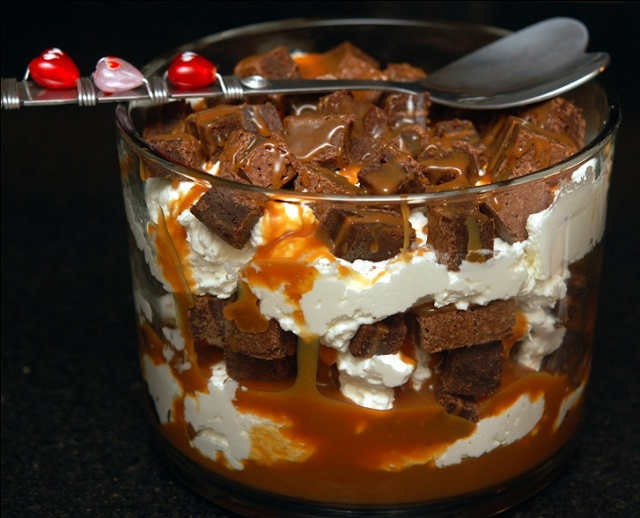 SALTED CARAMEL ROLO BROWNIE TRIFLE