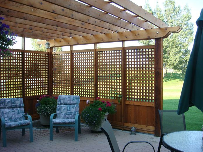 Pergola with privacy screening this with planters around for Patio deck privacy screen