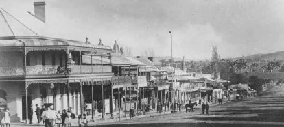 Wallace Street, Braidwood, New South Wales, 1907. The buildings look pretty similar today - only the trees are taller! Home of my paternal ancestors.